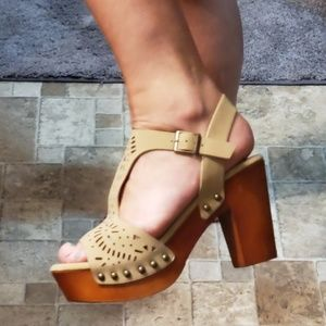 Cute cut out sandals